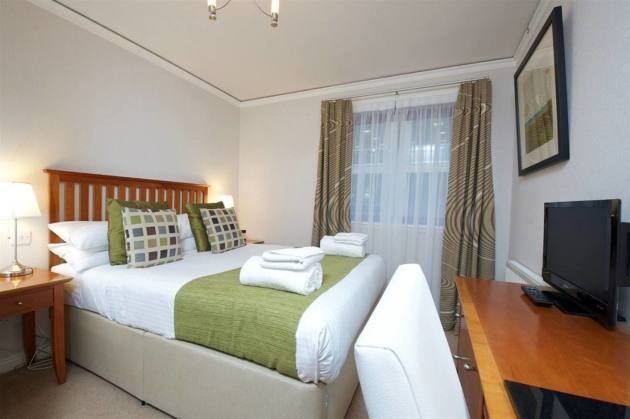 The Knight Residence By Mansley Serviced Apartments Hotel 1