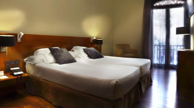 Hotel Advance thumb-3