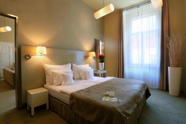 hotel yasmin hotel prague from 88. Black Bedroom Furniture Sets. Home Design Ideas