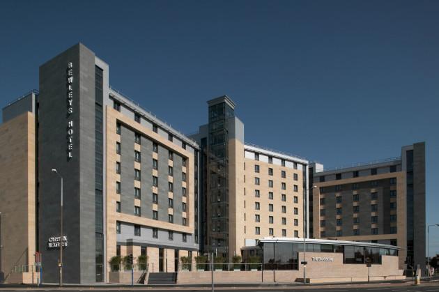 Clayton Hotel Leeds 1