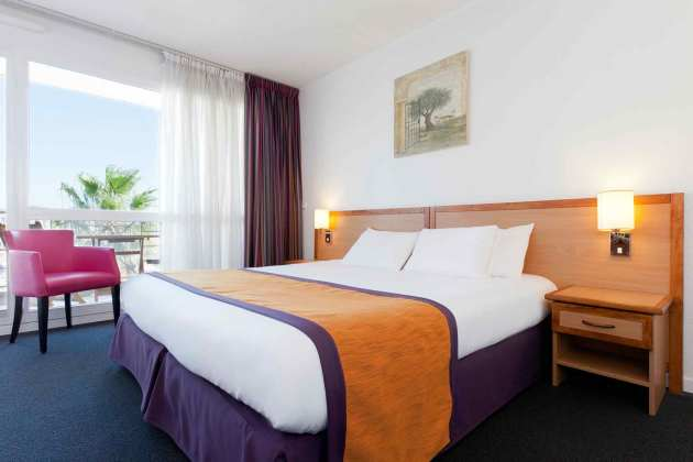 Hotel Mercure Thalassa Port Fréjus Hotel Frejus From - Mercure port frejus