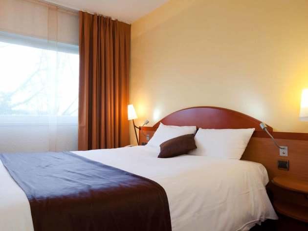 hotel mercure paris sud les ulis courtaboeuf les ulis partir de 79. Black Bedroom Furniture Sets. Home Design Ideas