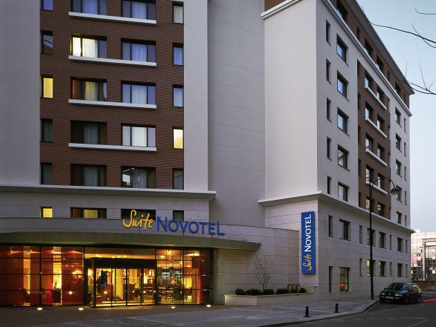 novotel suites paris rueil malmaison hotel rueil malmaison from 70. Black Bedroom Furniture Sets. Home Design Ideas