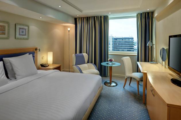 Hotel Hilton Dusseldorf thumb-3