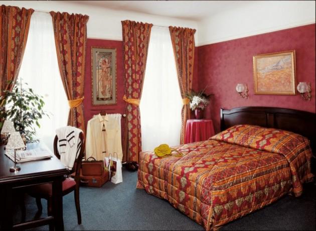 Hotel Royal Fromentin thumb-2