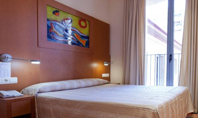 Hotel Checkin Valencia thumb-4