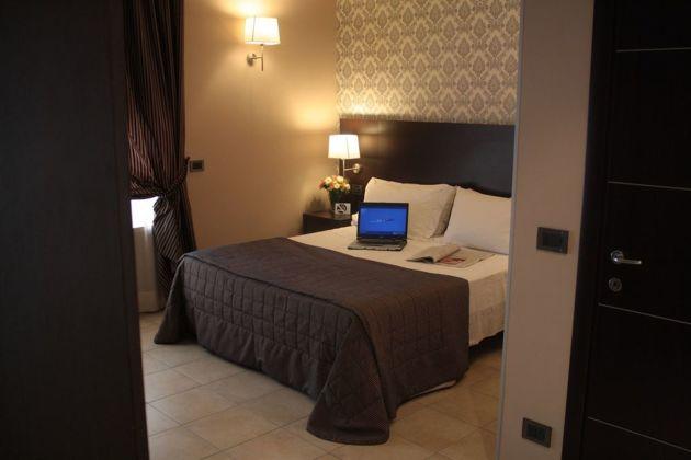 Hotel Seven Kings Relais thumb-3
