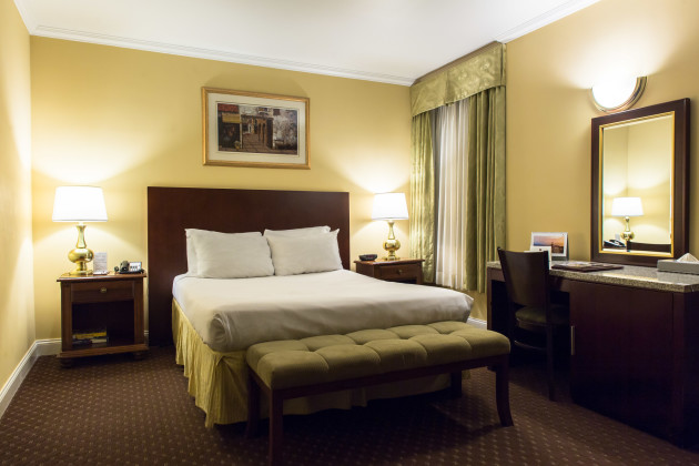 Hotel Stanford thumb-3