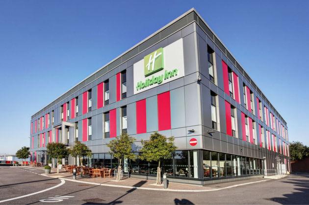Hotels Near Luton Town Centre