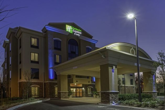 Holiday Inn Express Suites Orlando East Ucf Area Hotel Thumb 3