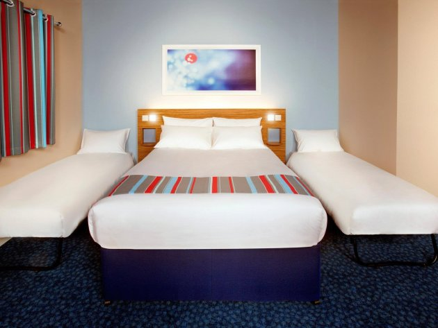 Hotel Travelodge London Central Aldgate East thumb-3