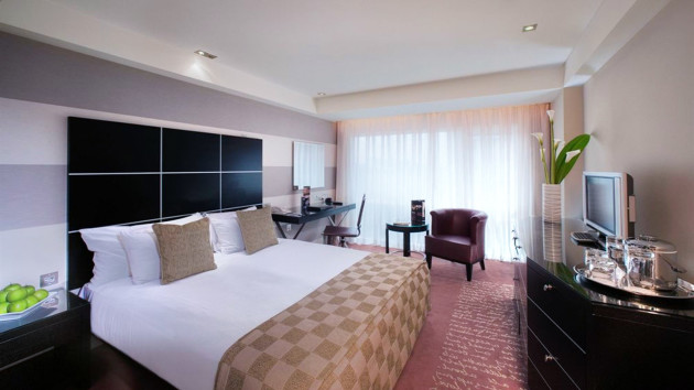 Park Plaza Riverbank London Hotel 1