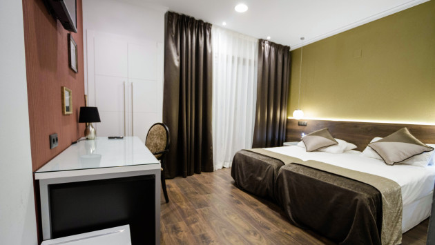 Hotel moderno bcn barcelona from 67 for Hotel moderno barcelona