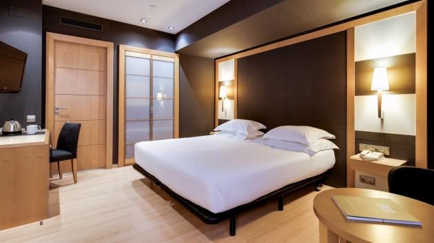 Hotel Barcelona Universal thumb-3
