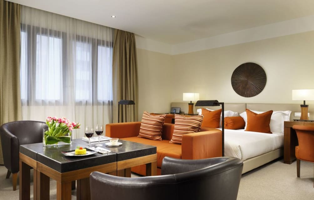 Bari - Milano - Milan Suite Hotel