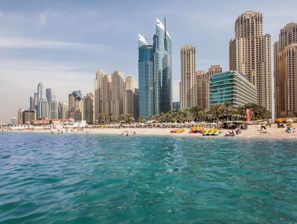 Valencia - Dubai - Hilton Dubai The Walk