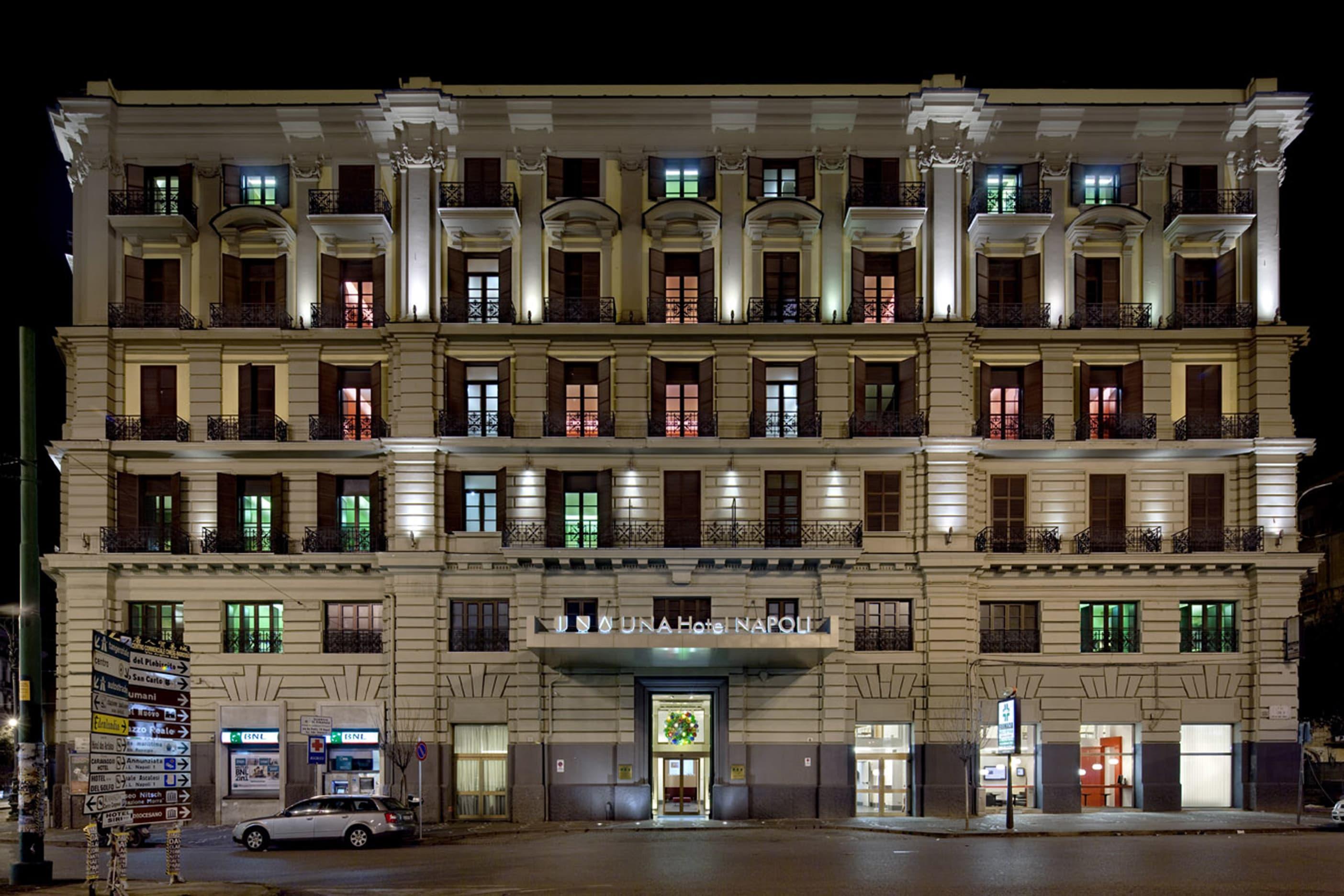 Milano - Napoli - Unahotels Napoli