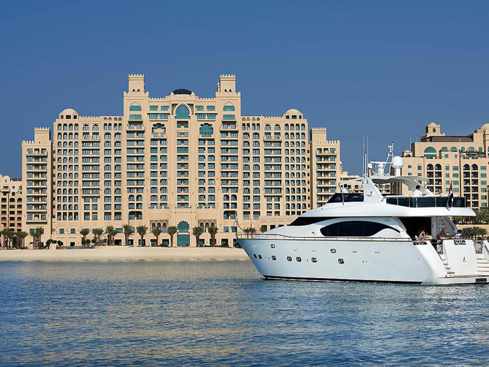 Valencia - Dubai - Fairmont The Palm