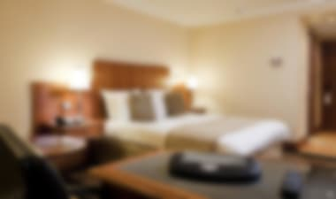 Convenient & Contemporary minutes from the Airport Hotel