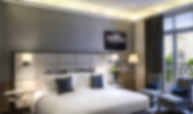 Hotel1920s-style, contemporary 5-star hotel, near to the Champs Elysees, the Arc de Triomphe and the Eiffel Tower