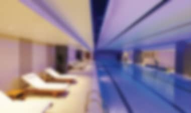Luxury hotel near Tower Bridge with pool and gym Hotel