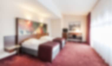 Contemporary Hotel Near Mediapark, 15 Min Walk To Cathedral Hotel