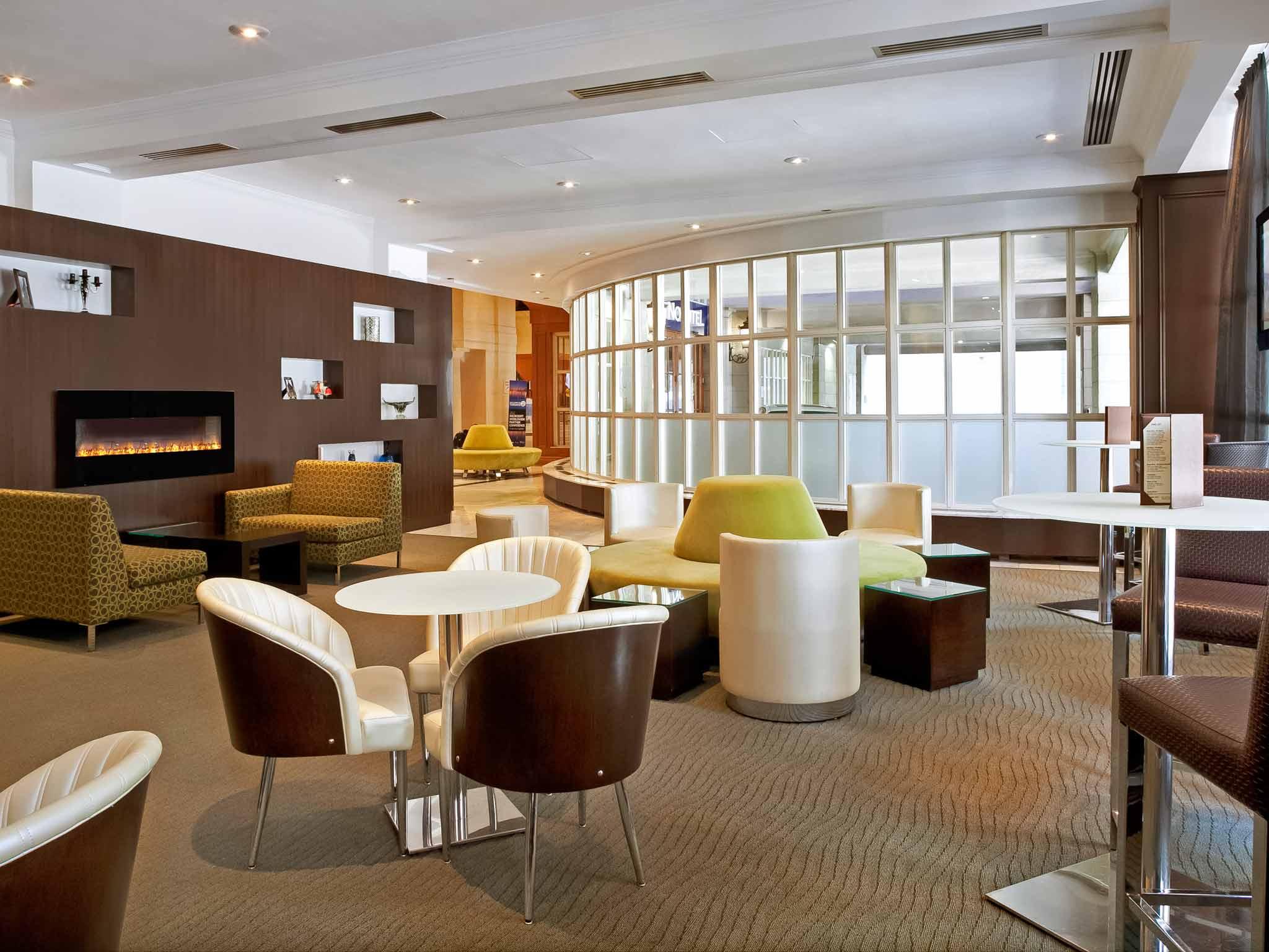 HotelNovotel Toronto Centre