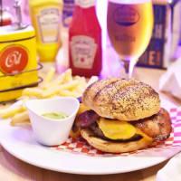 Market Bacon Cheeseburger