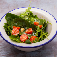 Mini pesto salad