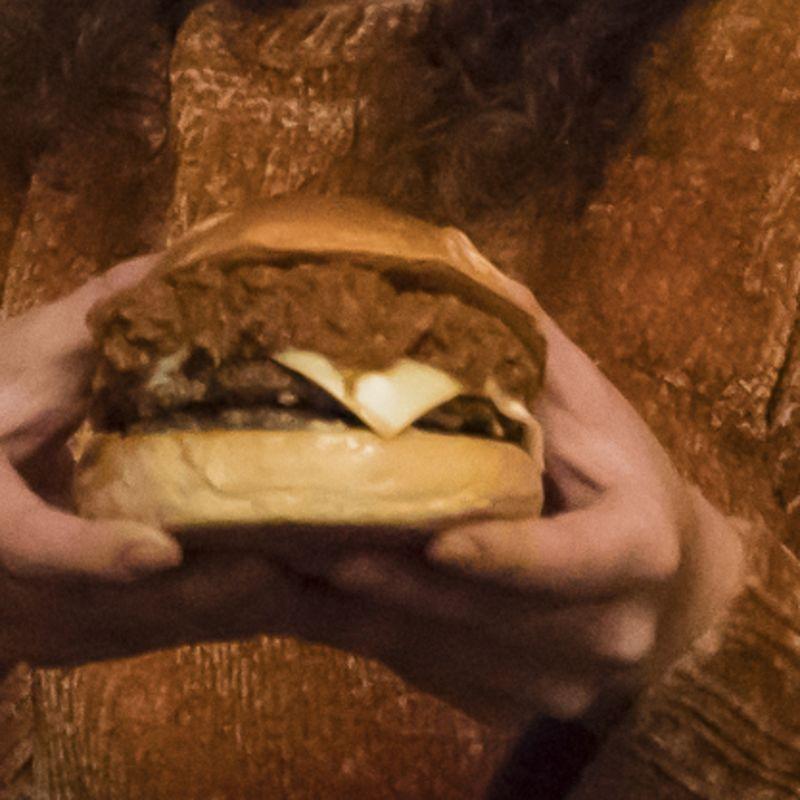 Chili Cheeseburger