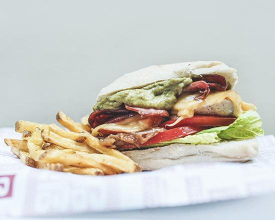 Sándwich Grilled Chicken