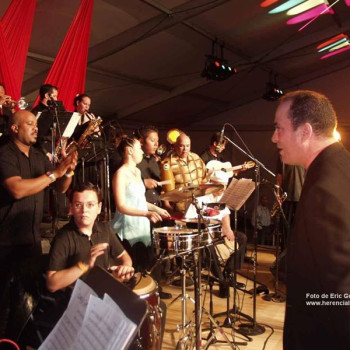 Live Salsa Music Night/ Classes at the Gate