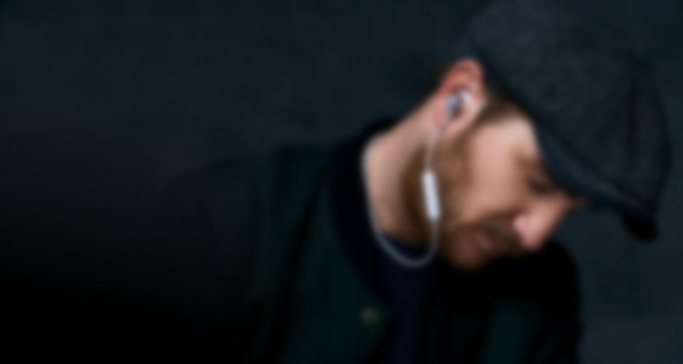 MOVE BT (Earhook) [Highlight XL]