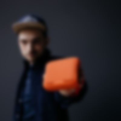 BOOMSTER GO - red orange - Lifestyle 1