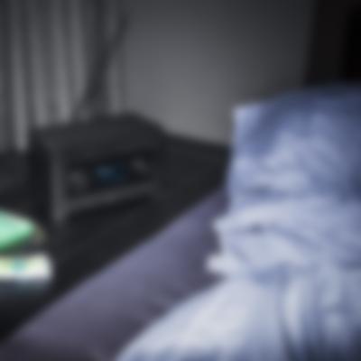 Radio 3sixty - black - Lifstyle Schlafzimmer 1