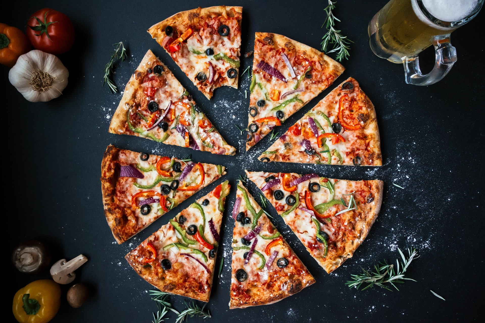 The 10 Best Pizza Stones For Grill Reviews and User Guides!
