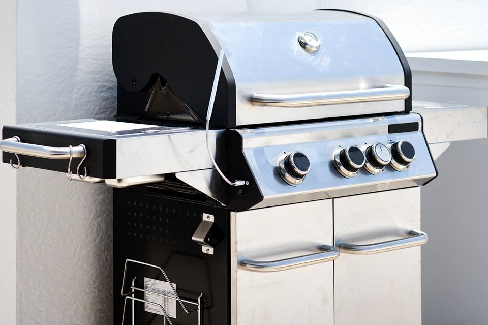 How To Clean: Stainless Steel Grill: Ensure Tasty, Fresh and Hygienic Food!