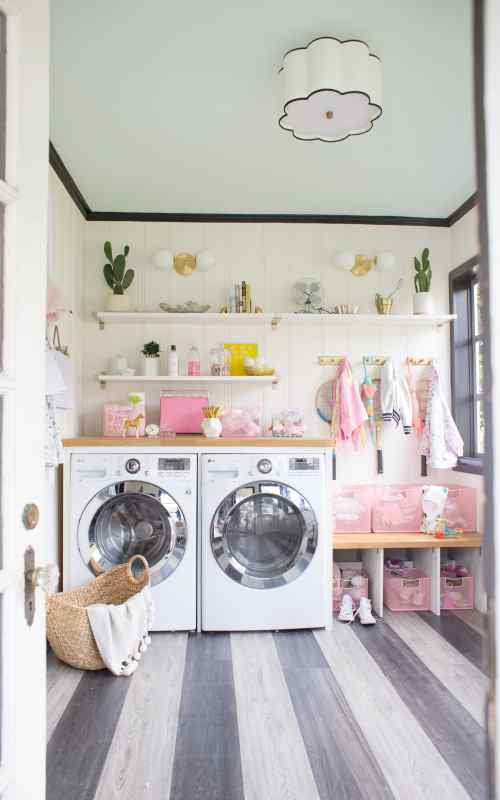 Laundry & Mudroom Organization for Back to School