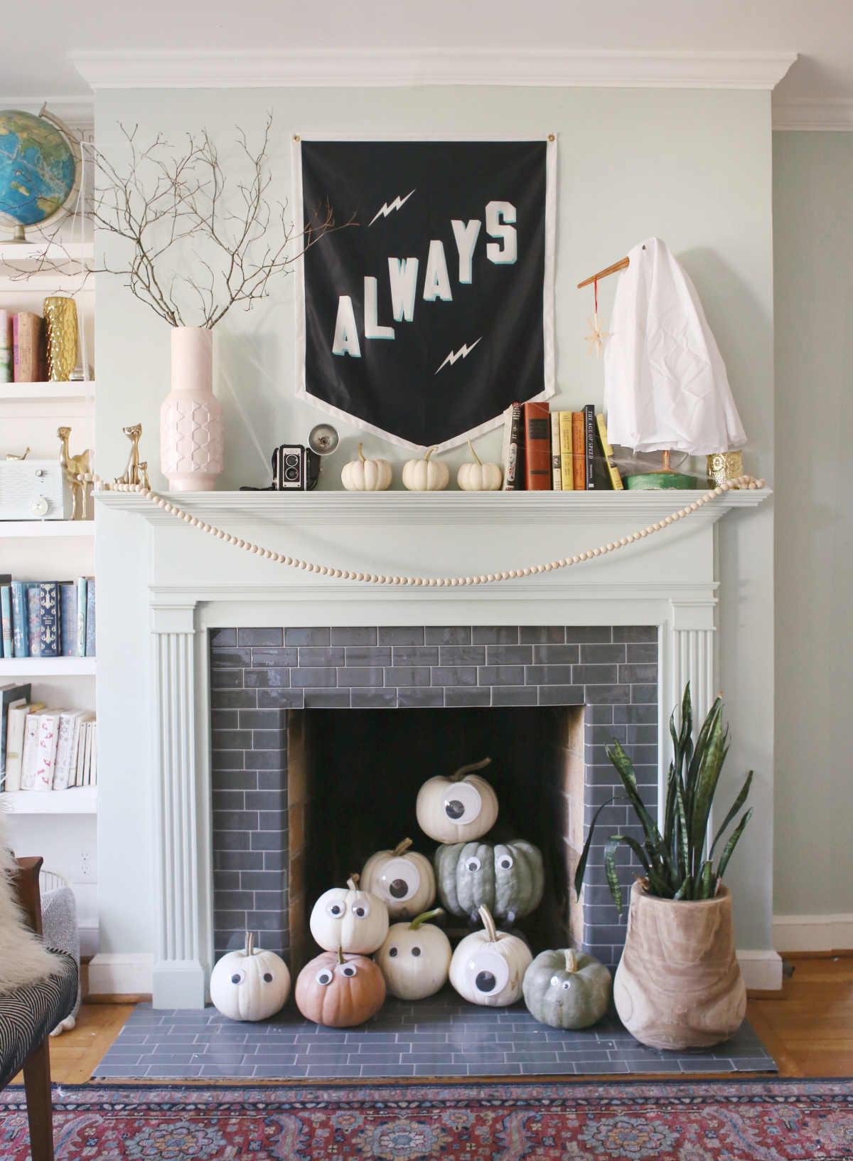 simple, easy, kid friendly halloween mantel decor