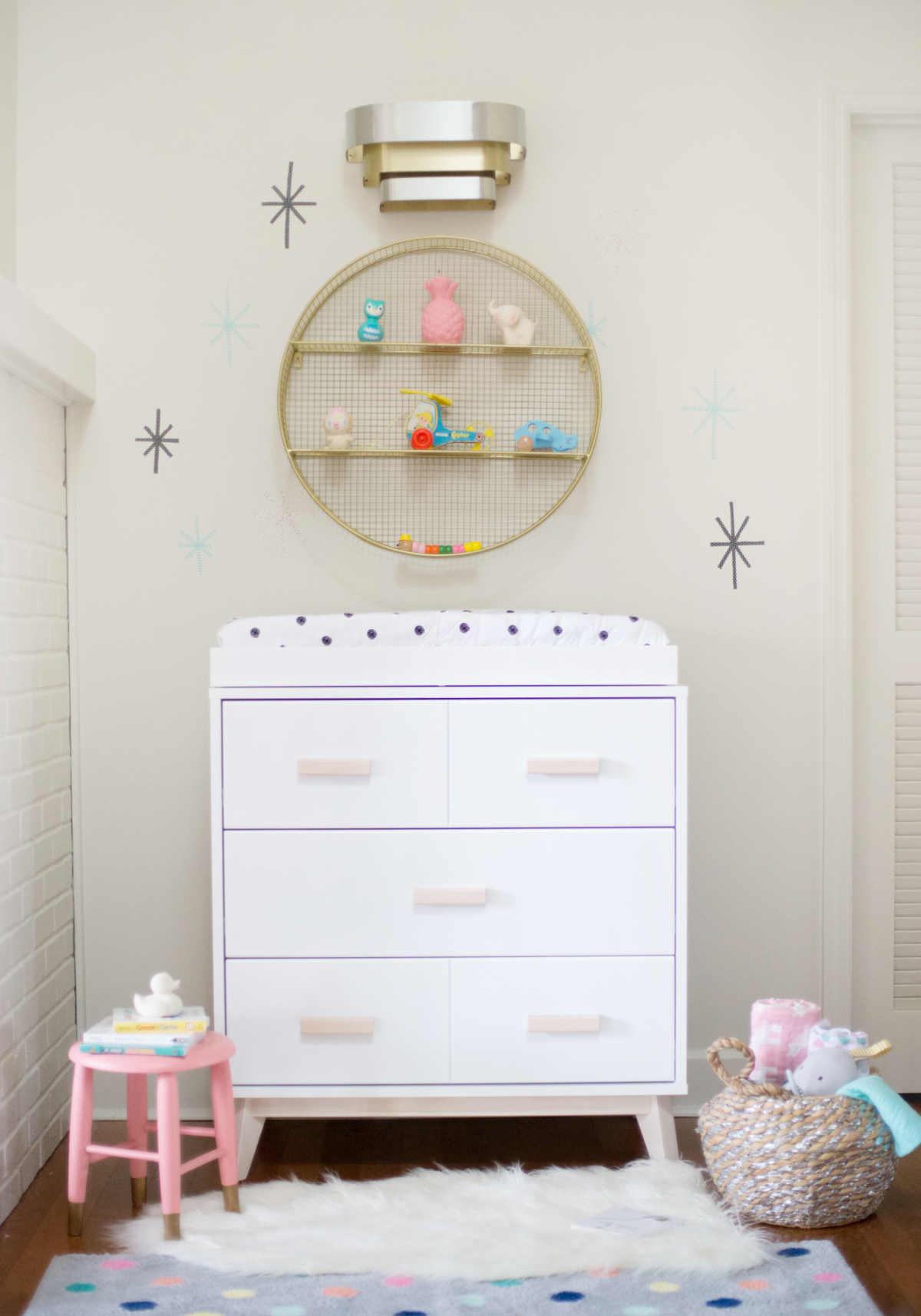 Small Space Nursery Ideas - Lay Baby Lay