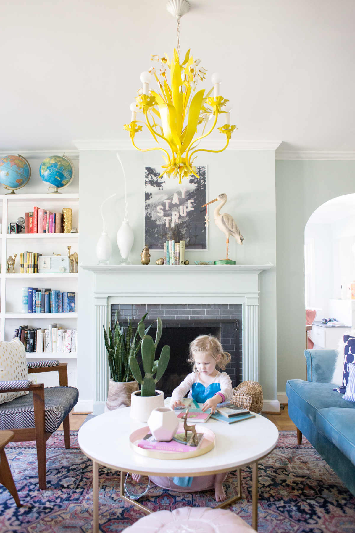 A Living Room Spring Refresh With Ebay - Lay Baby Lay
