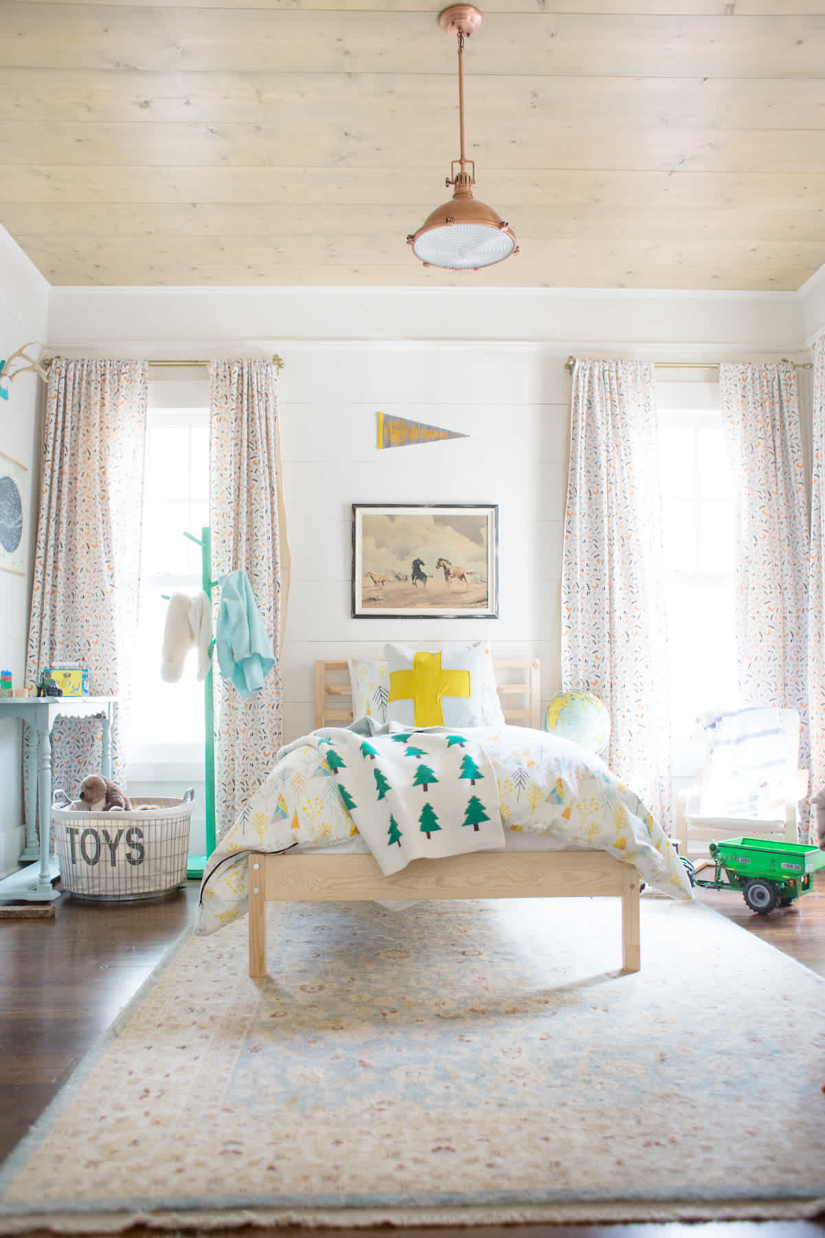 rustic little boy room inspiration