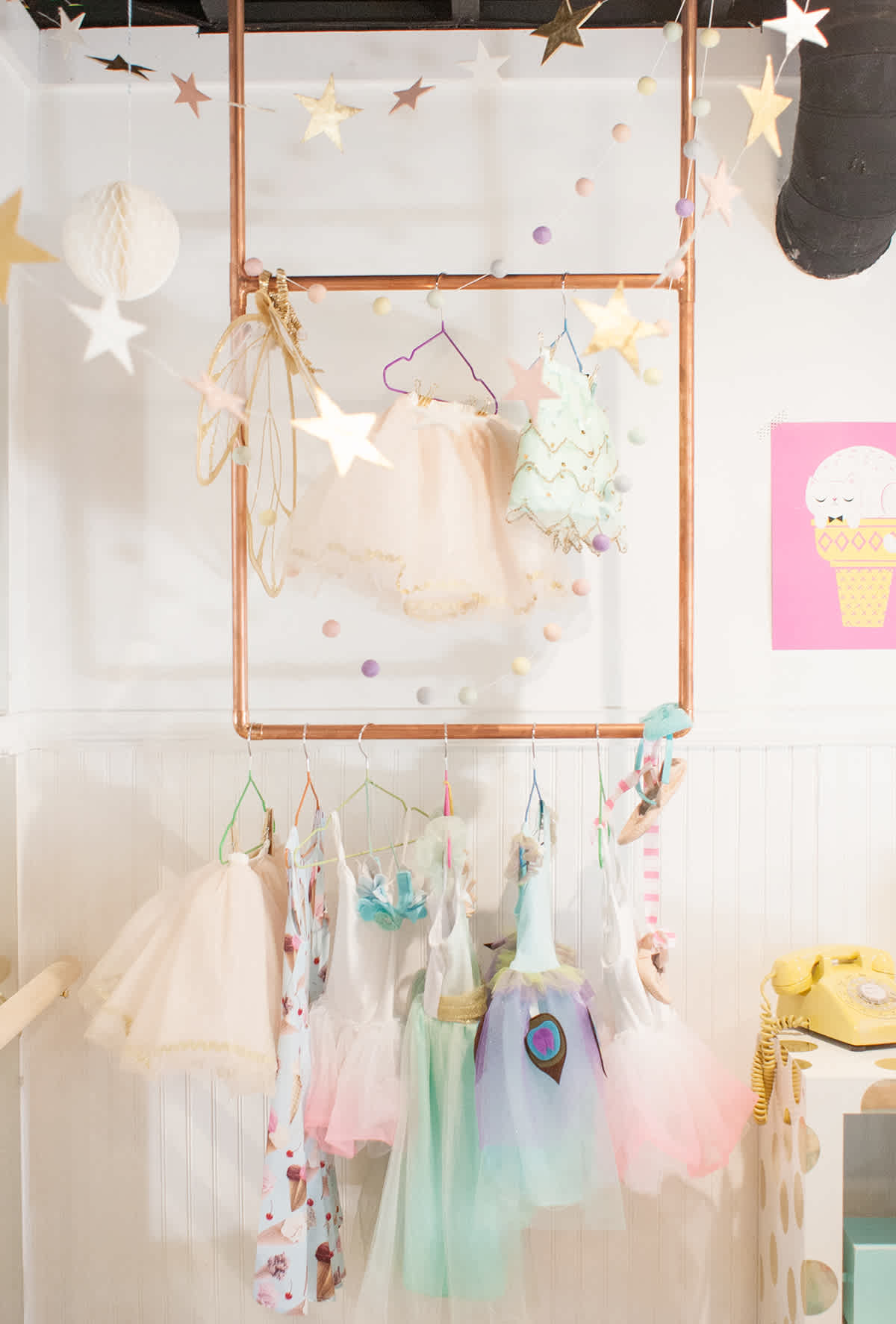 DIY simple dress up rack