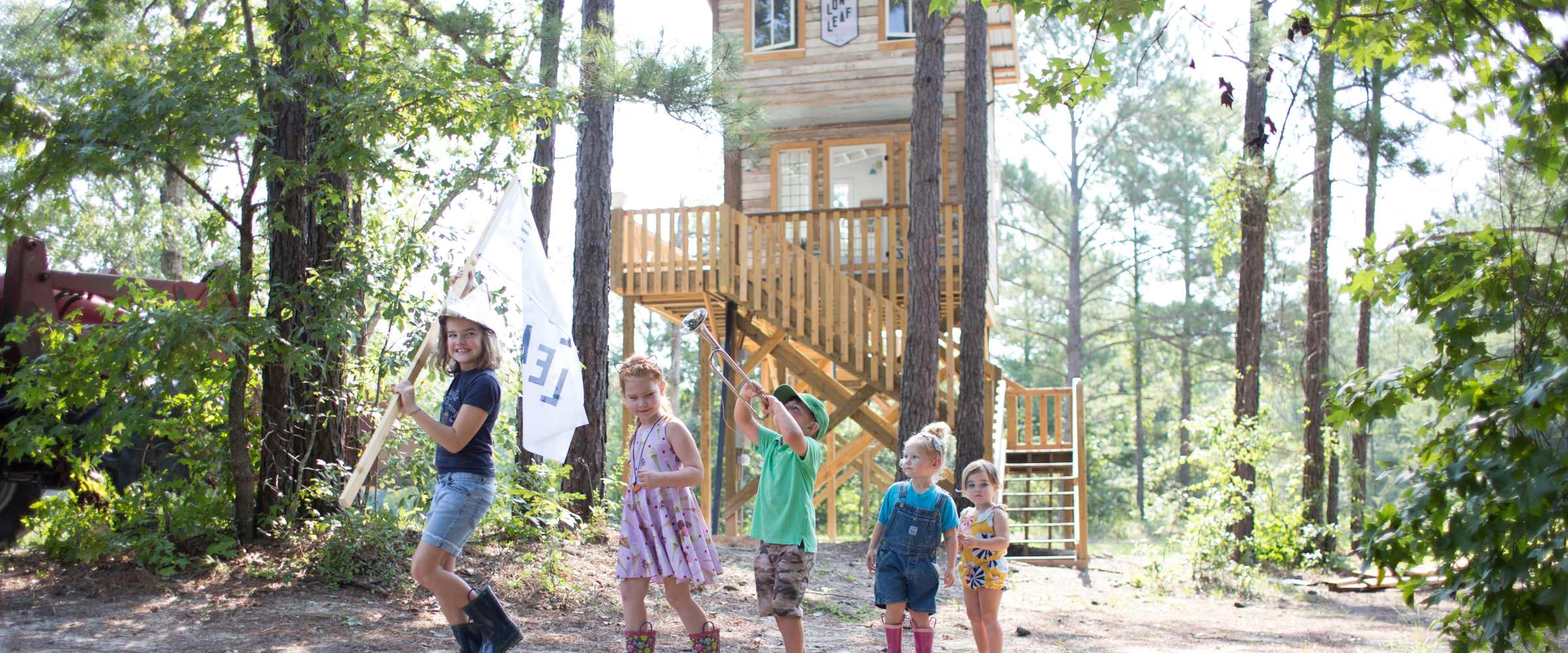 A Treehouse in the Pines - Inspiration for a Rustic Retreat for Kids