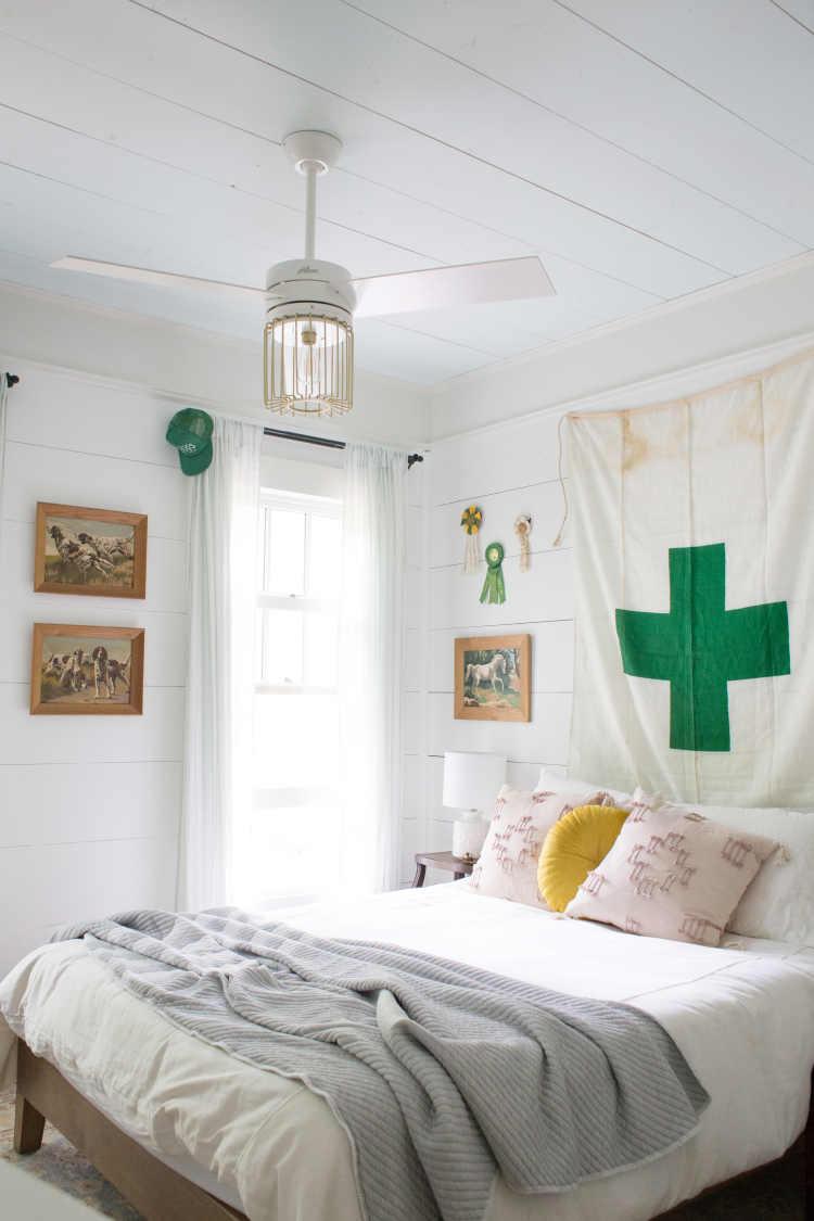 Rustic Big Kid Bedroom Ideas - Lay Baby Lay