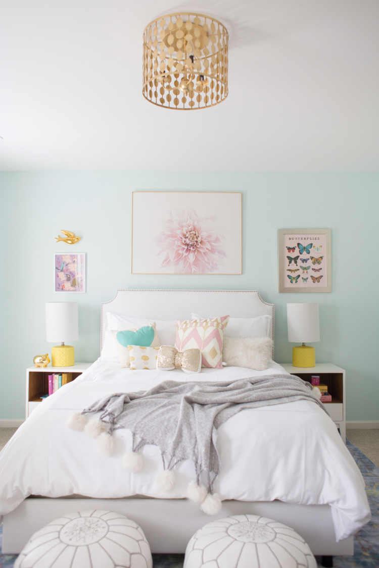Blue And Yellow Little Girl Room - Lay Baby Lay