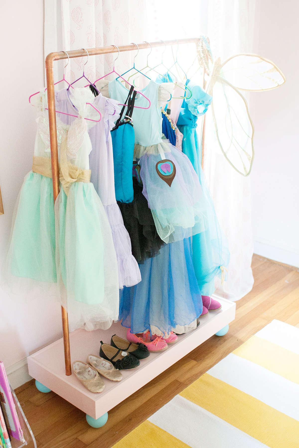 dIy clothes rack