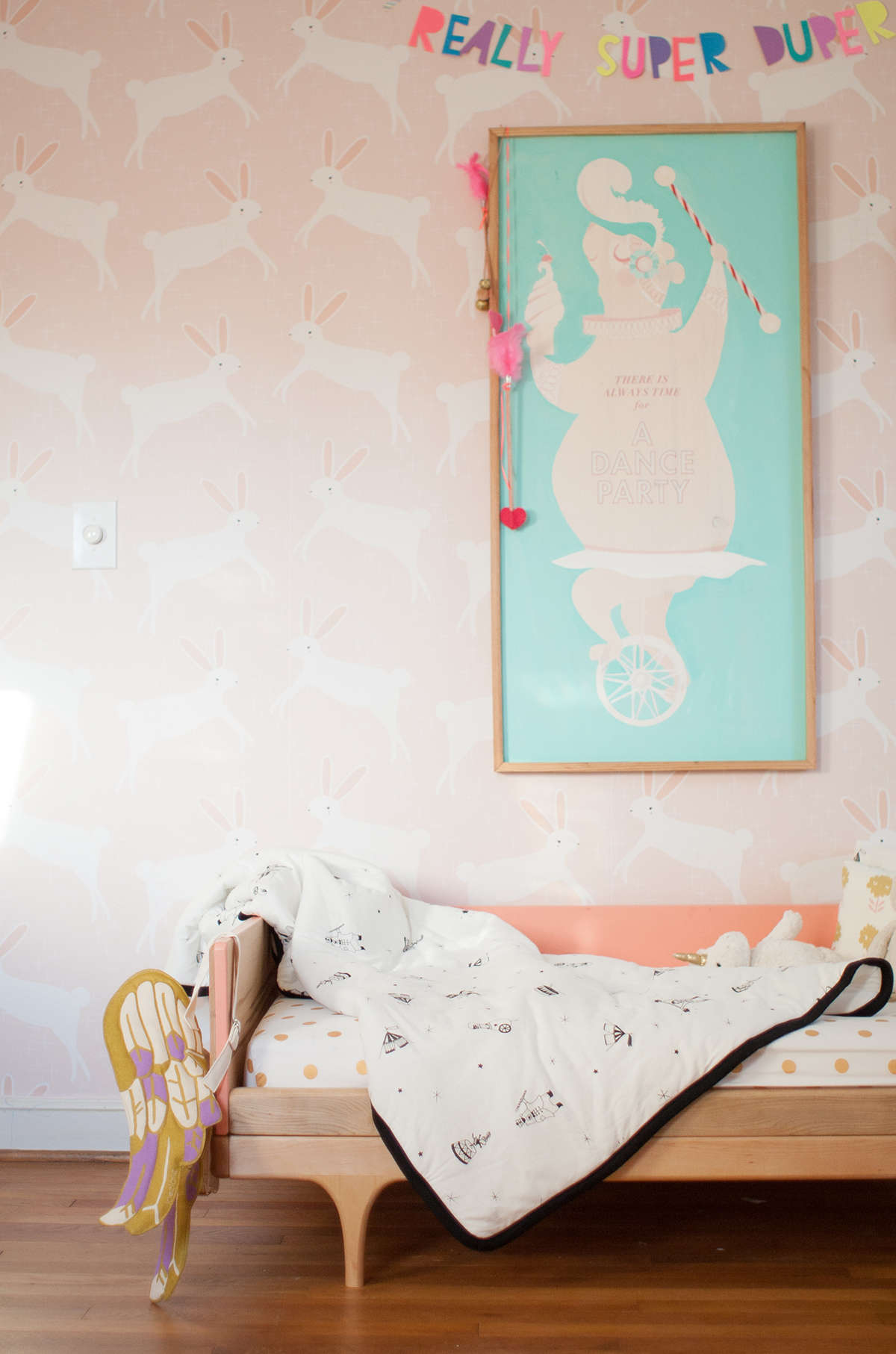 cute nursery wallpaper