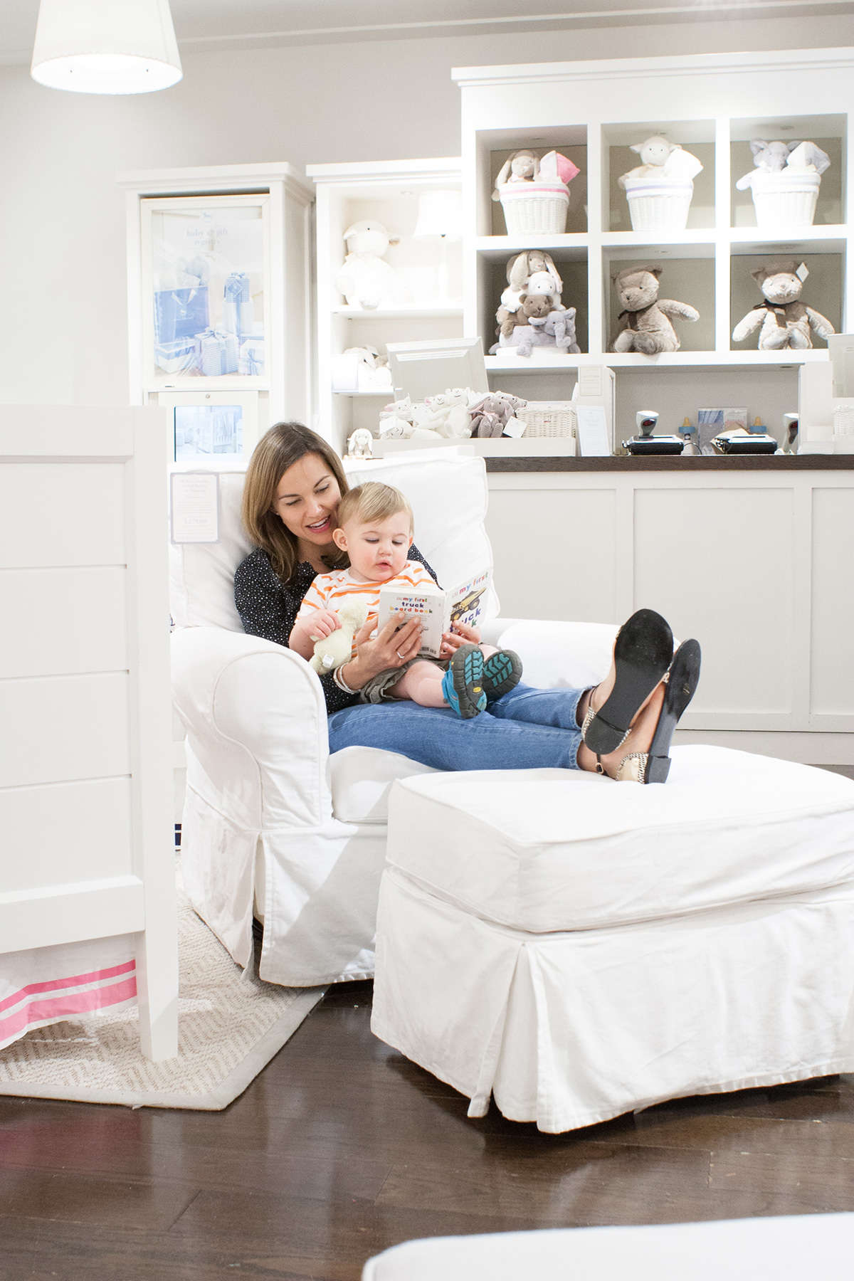Pottery Barn Kids Comfort Glider Review