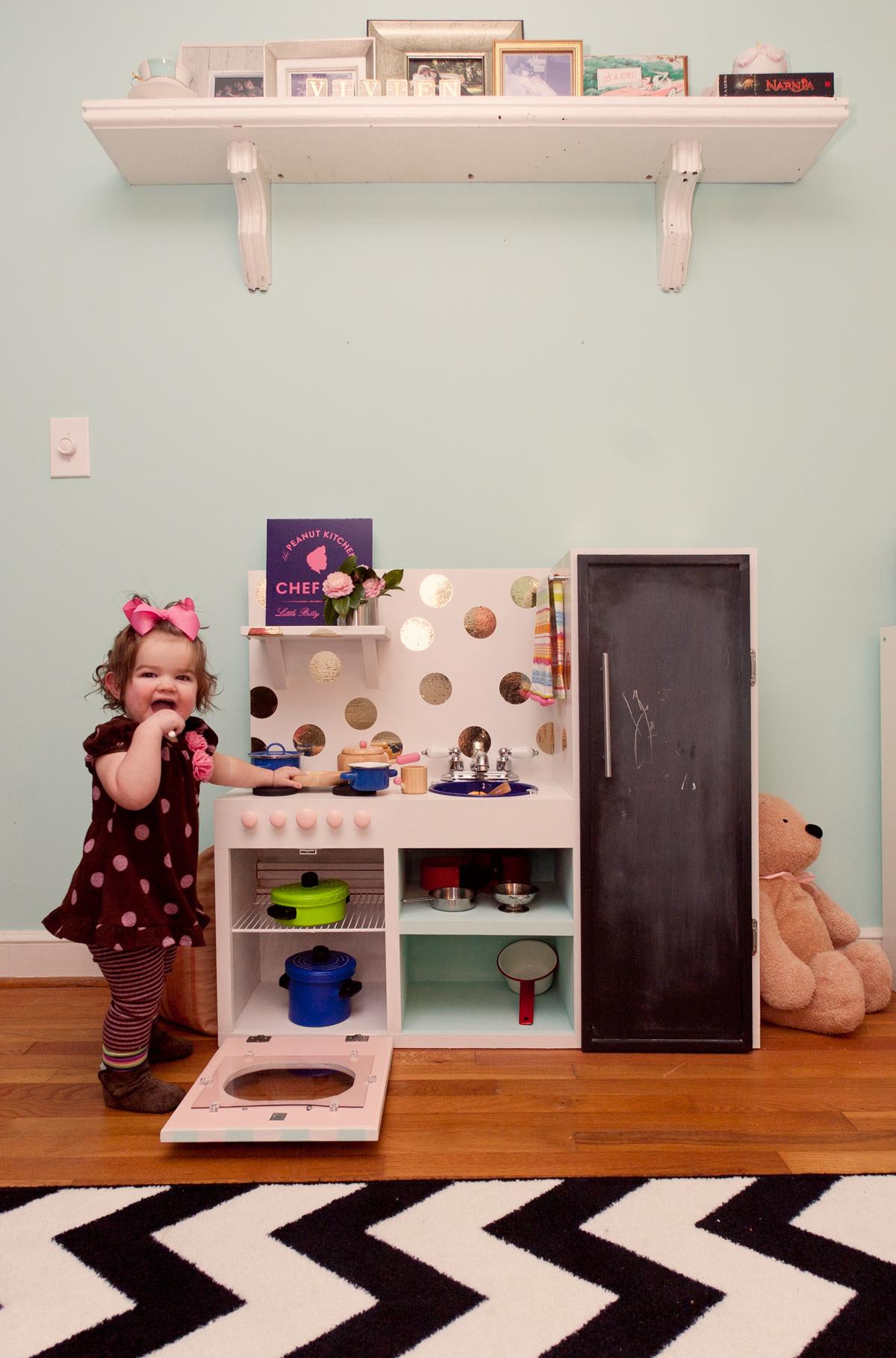Vivi S Play Kitchen Lay Baby Lay Lay Baby Lay